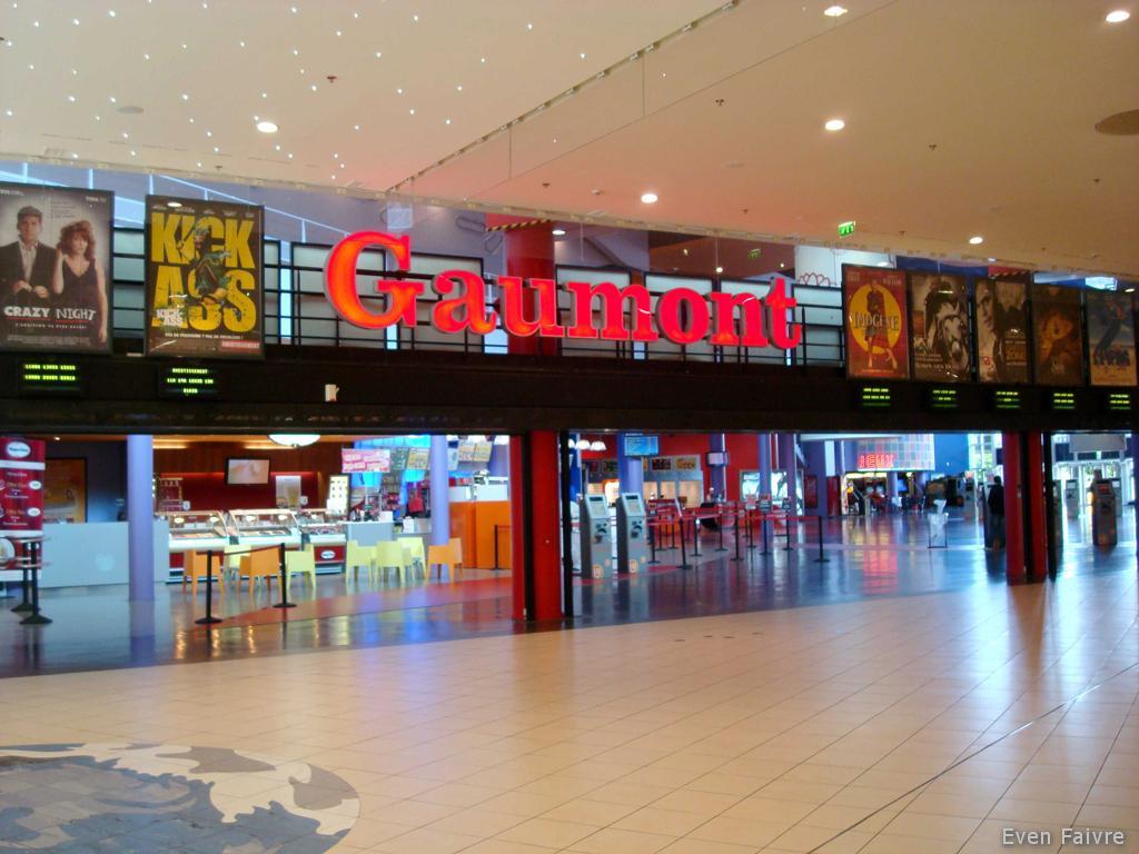 Cinema gaumont carr s nart lieusaint 77 for Au bureau carre senart