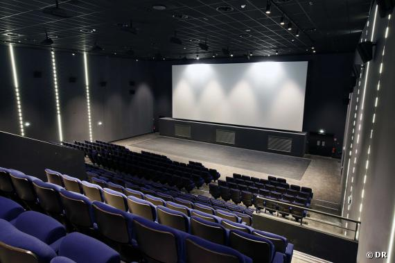 europacorp cinemas a roville page 5 forum projectionniste. Black Bedroom Furniture Sets. Home Design Ideas