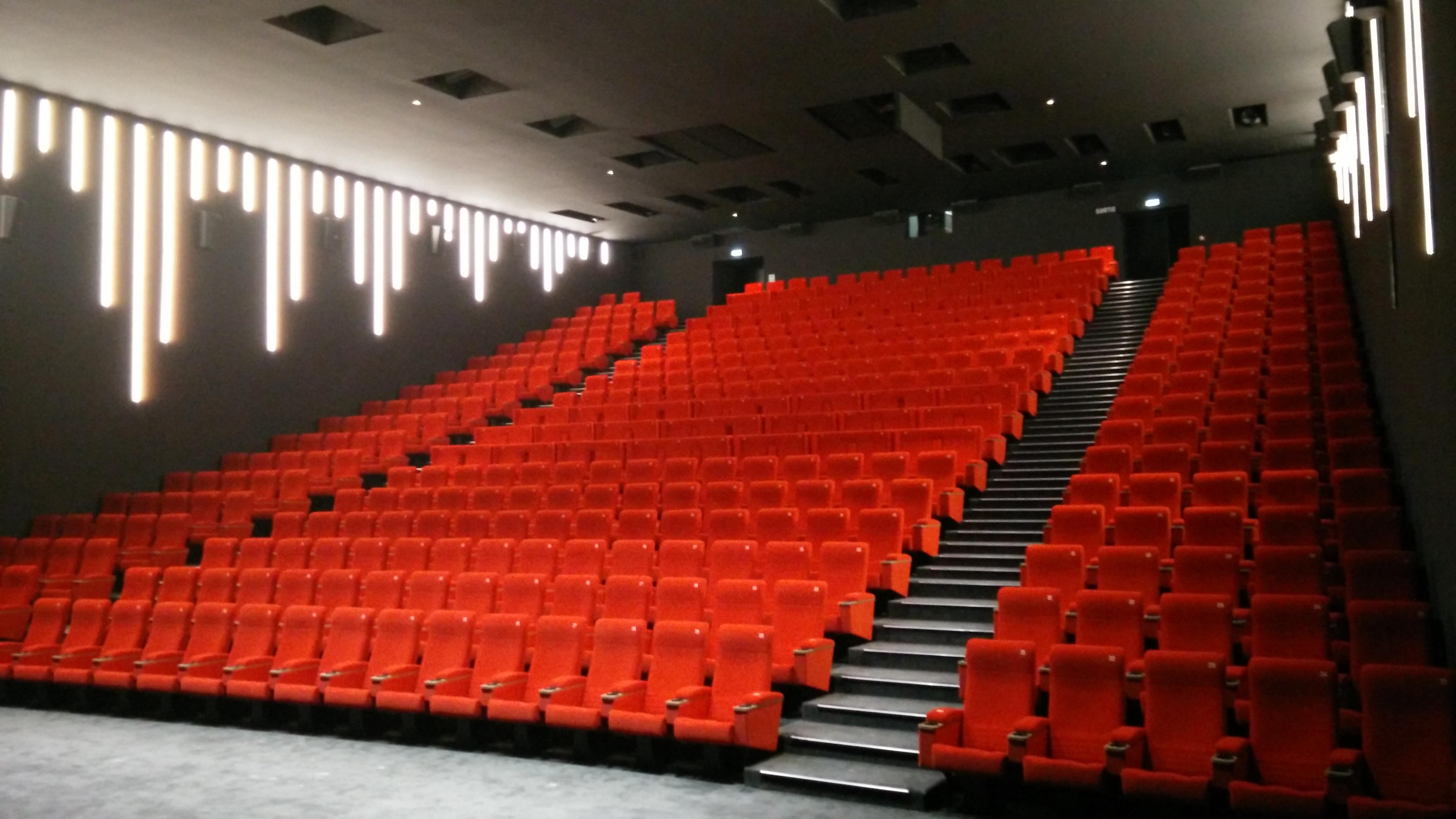 cin ma gaumont al sia et convention en travaux page 2 forum projectionniste. Black Bedroom Furniture Sets. Home Design Ideas